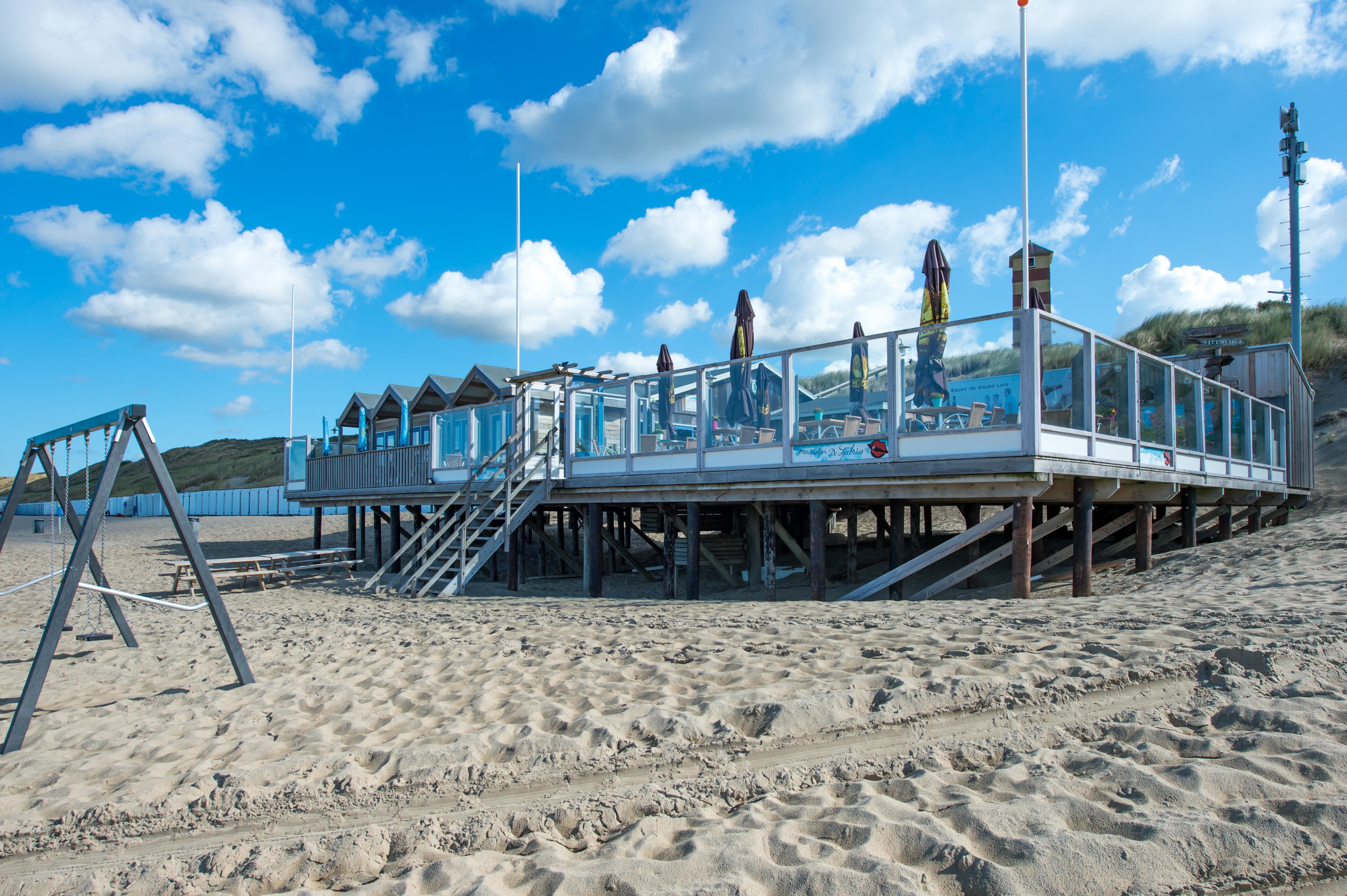 Welkom Bij Strandpaviljoen De Zeebries De Zeebries